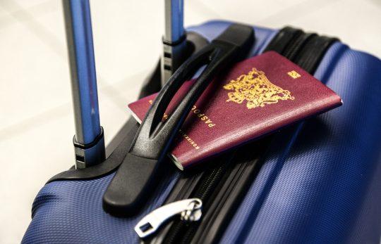 Gepäckversicherung während Flugreise nach Urlaub
